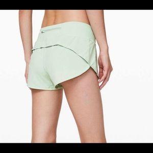 NEW Lululemon High Rise Speed Up Shorts size 12